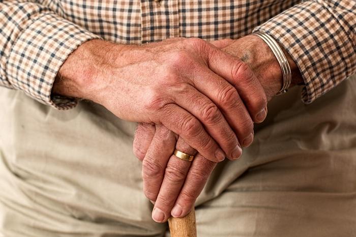 Сколько могут снять с пенсии судебные приставы