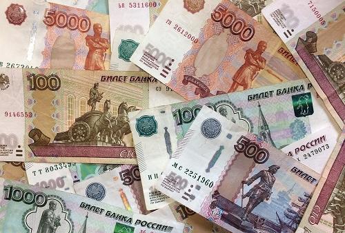 Доля доллара, евро и рубля в международных расчетах
